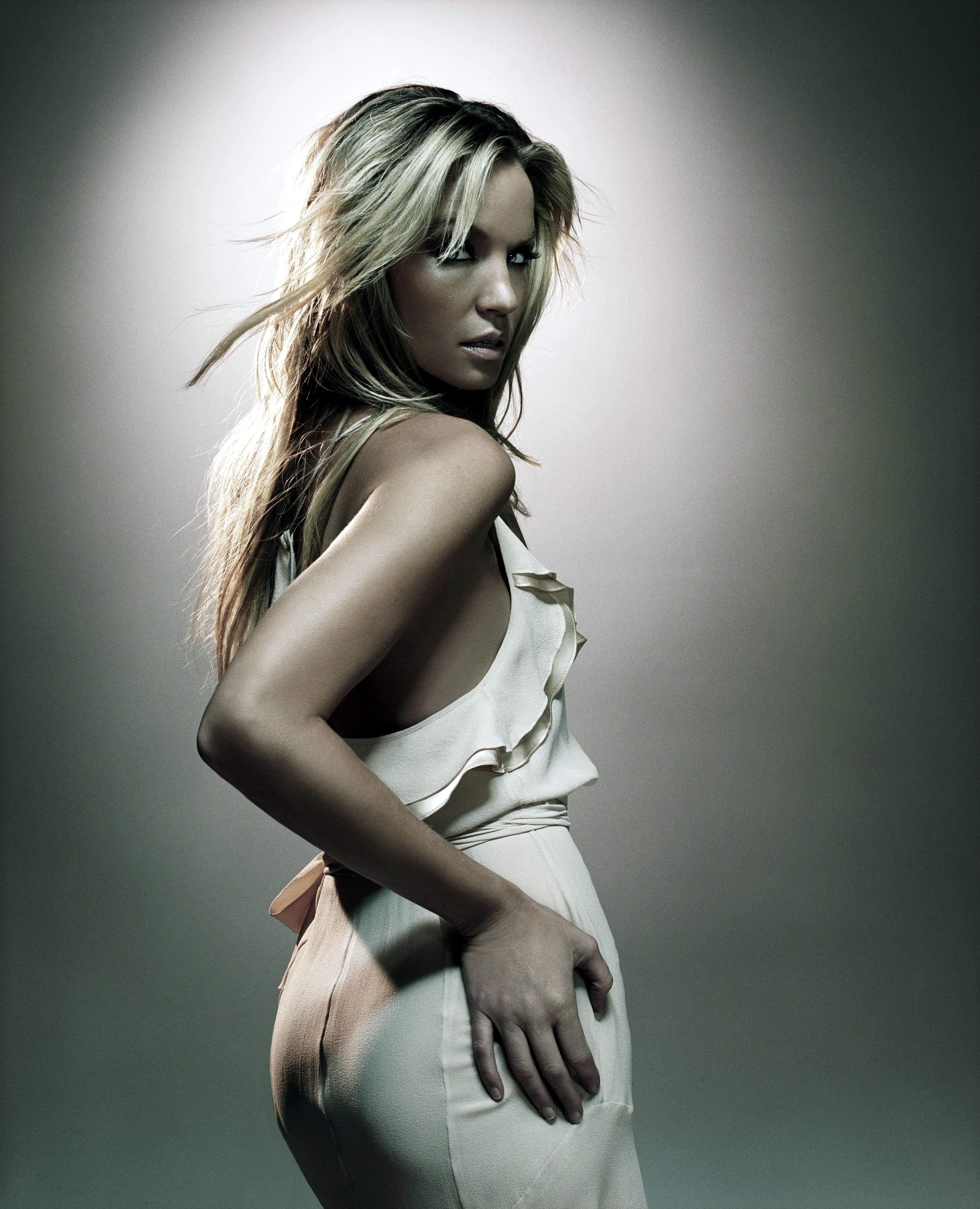 Ashley Hoelck Nude Photos 90
