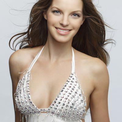 Joanna Levesque Bikini Pics